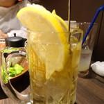 旬野菜と魚 琉球ダイニング ま・じゅん - フローズン入りハイボール(単品)