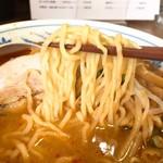 嘉路季 - 辛味噌ラーメン麺リフト