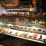 CALVA - ケーキショーケース