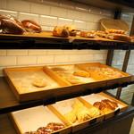 CALVA - 菓子パン