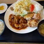 外山食堂 - ハーフ&ハーフ トンテキ、カラアゲ ご飯中 1100円