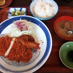 とんかつ料理 歩香 - ロースかつ膳(税込900円)