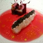 銀座 レカン - 手長海老のショーフロワ オシユトラキャビア 鴨の生ハムと赤カブのスープ