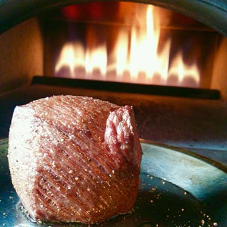 最高温度500℃!窯焼き料理