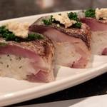 73597297 - 炙り鯖の棒寿司