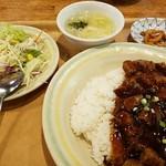 73598616 - 黒胡椒牛肉かけ飯