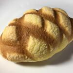 モンレーブ - メロンパン 123円 (2017/09)