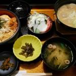 庄内庵 - 庄内風芋煮+海老玉丼