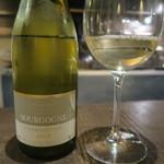 炭焼 芹生 - 29年9月 La Chablisienne Bourgogne Chardonnay 2014