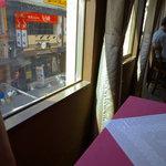 中国料理 翔 - 窗際(まどぎは)