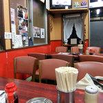 杭州飯店 - テーブル席