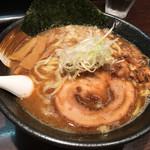 らー麺山之助 - 料理写真:魚だし白湯