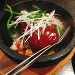 大豊記 - 豚角煮の石焼きご飯 @890円 豚角煮、おいしかったです。お焦げのついた白米と合わせるとたまらない。(カロリーはきっと鬼…笑)