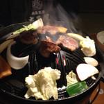 73613795 - 生ラム成吉思汗/ショルダーステーキ/焼き野菜