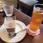紅茶日和 - 料理写真:桃のセパレートティー