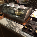 ポルト - その場であげてくれる天ぷら。頼めば海老天x2蕎麦もつくれます