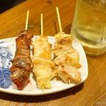 焼鳥 よつ葉 - 2017年8月 せせり、もも、肝、ぼんじり【各1本150円】
