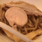 煮干し中華そば 麺屋 新星 - 濃厚煮干しつけ麺 麺アップ