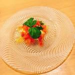 ソラティオ イタリアーノ - 前菜  プーリア産ブラータチーズのカプレーゼ 900円 初体験ブラータチーズ。高甘トマトと相性抜群!