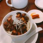 龍香 - 料理写真:魯肉飯  単品600円