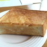73626311 - 厚切りバタートースト(セントル ザ ベーカリーのプルマン使用)
