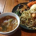 遊猿 - スープとおかずバー