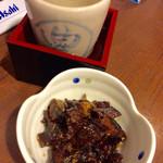 蔵元豊祝 - 「銀鮭みそ焼き」(350円)と日本酒(270円)お代わり。