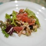 東京パリ食堂 - 前菜 鯖と鶏のトマトサラダ