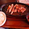 Hikomabutashokudouseinikuten - 料理写真:ひこま豚肩ロース(150g)