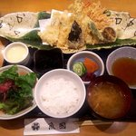 魚國 - 上天ぷら膳(天ぷら盛り合わせ定食)