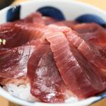 まぐろや相馬水産 - 料理写真:マグロ丼 650円