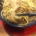 73648579 - 麺は極太麺で自家製麺です。