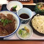 美可美 - ステーキ丼ランチ1000円+税