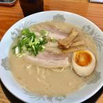 拉麺 一休軒 - とんこつラーメン(¥700)
