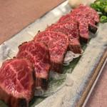つるよし - 神戸牛のタタキ/980円