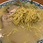 北海屋 - ラーメンは細麺です。