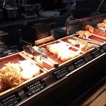 73661737 - 1709_丸亀製麺 CGKターミナル3_天ぷら
