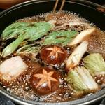 今福 - 野菜は関東風で煮ていきます