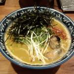 佐市 - 牡蠣拉麺(900円)