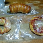 73668441 - 購入パン