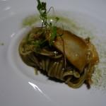 アコルドゥ - 三輪山本の海藻麺とアワビ