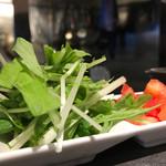 タンタンタイガー - 野菜二種盛り100円