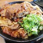 73671498 - カルビ丼 大盛り 800円 + 肉大盛り 150円 = 950円(税込)。     2017.09.24