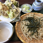 うちだ - 季節の野菜とエビの天ぷらそば