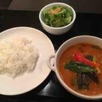 らぷし - チキンと季節の野菜スープカレー