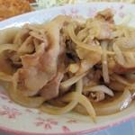 とんかつ大将 - チカンカツとセットで選んだのは生姜焼き。  こちらはご飯と一緒にいただきました。