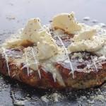 ArAkA - 3種チーズのトッピング、チーズとろろ焼き