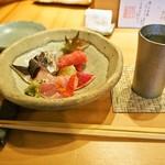 鮨 慎之介 - お造り盛り合わせ & 冷酒(8:00PM 純米吟醸)