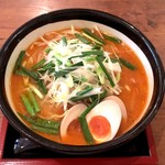 肉そば家 笑梟 - 山椒味噌(950円)+煮玉子(100円)