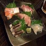 居酒屋くう - 刺し盛り/2人前(900円/1人前)
